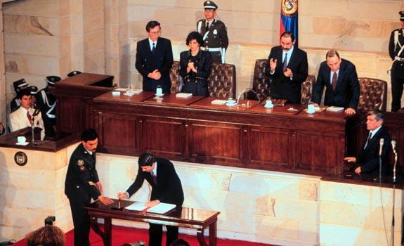 La Asamblea Nacional Constituyente de 1991 fue presidida por Antonio Navarro, Horacio Serpa y Álvaro Gómez Hurtado.Foto: Archivo Revista Cambio