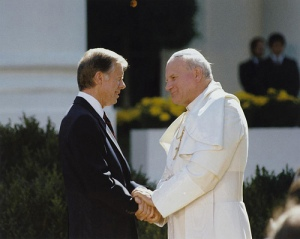 Juan Pablo II con Jimmy Carter. Fuente: Marion Doss