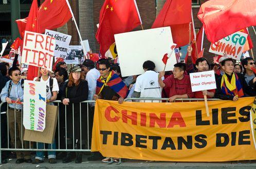 Protesta en el Tíbet en 2008 | Fuente: Rom