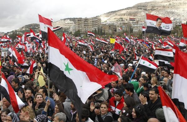 Gran manifestación en apoyo del presidente sirio Bachar Al Asad en la ciudad de Damasco. Fuente: Globedia.